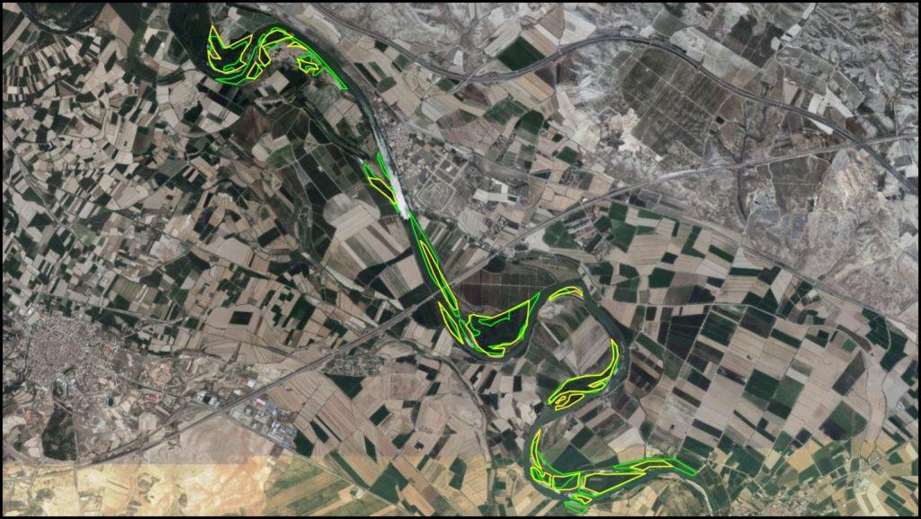 Figura 11. Comparativa entre las zonas vegetadas en la fotografía aérea de 1997, en verde, y 2018, en amarillo (elaboración propia).